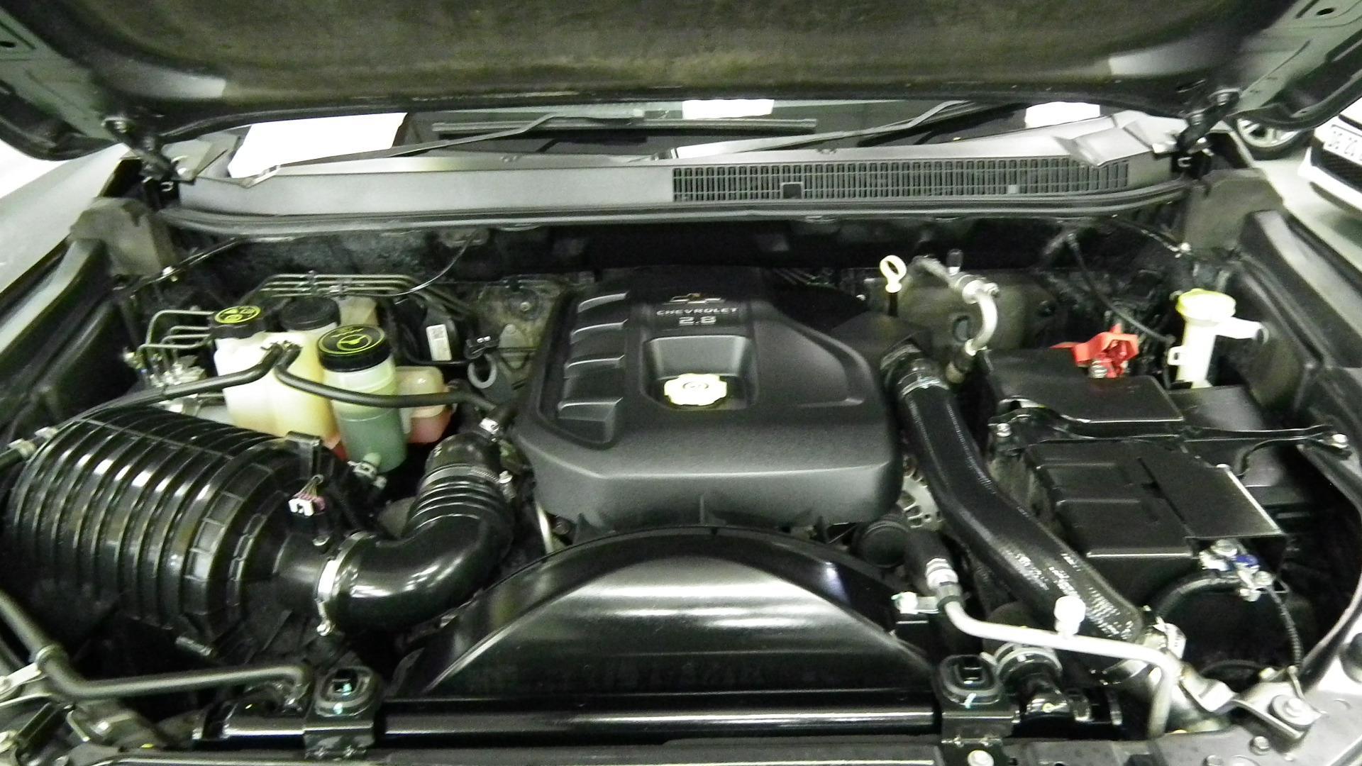 99 2017 Jrj293nw Chevrolet Trailblazer 2 8 Ltz 4x2 At Vin Mmm156lh0dh659823 Odo 121258 Colour Charcoal Electrical Gearbox Problems Battery