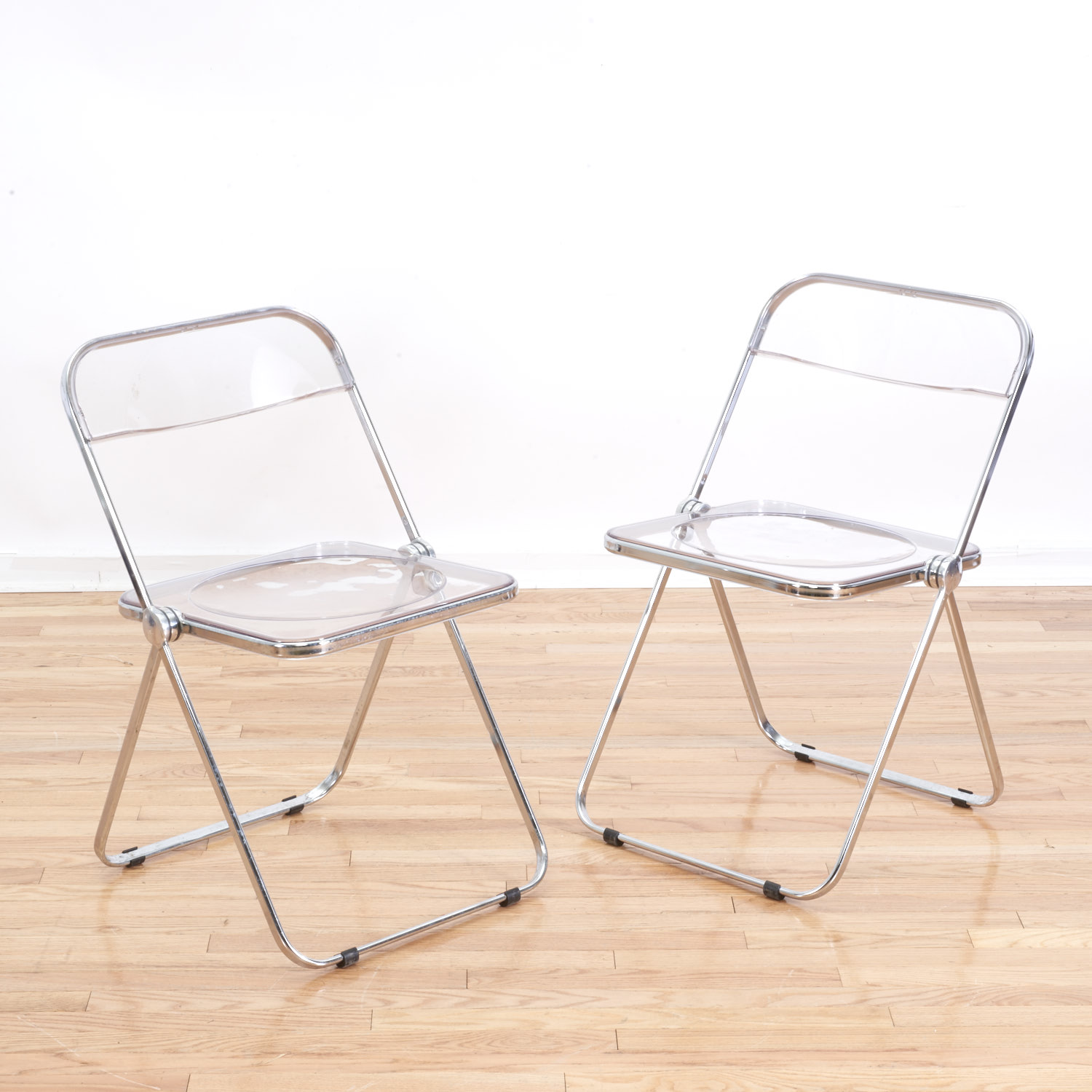 "Set 8 Castelli ""Plia"" Lucite folding chairs – Lofty Marketplace"