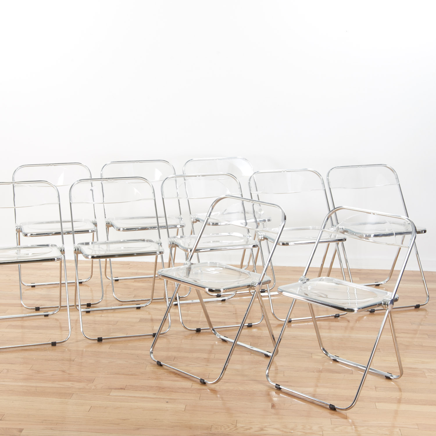 Set 8 Castelli Pila Lucite folding chairs – Lofty Marketplace
