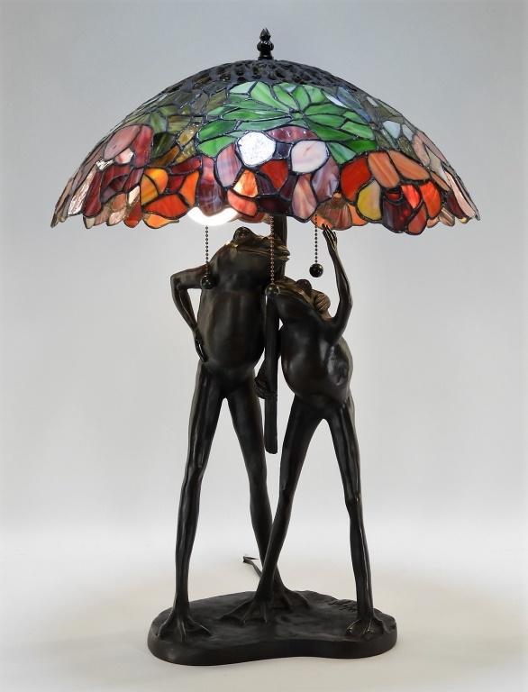Vintage Wuyh Bronze Frog Leaded Glass Lamp