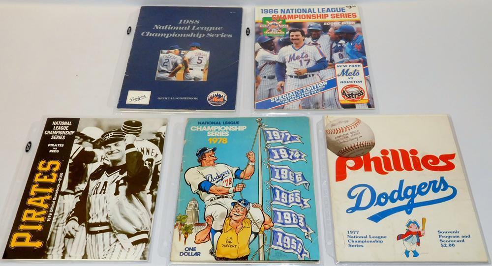 Lot of 5 Vintage National League Championship Series Programs / Scorebooks  (70s & 80s)