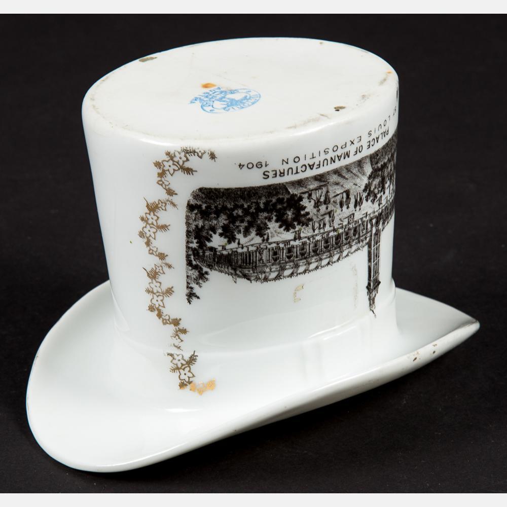 8 Victoria Carlsbad Top Hat Souvenirs