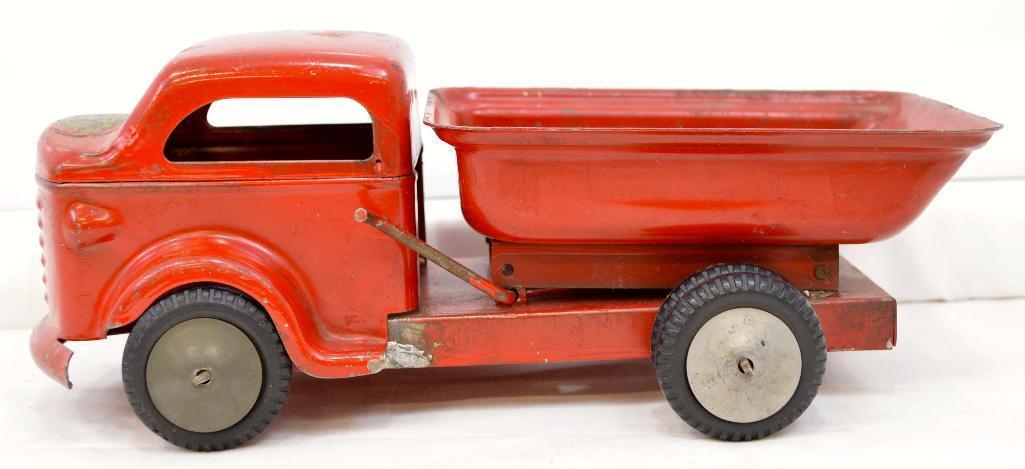 richmond toy dump truck with removable cab - Toy Dump Trucks