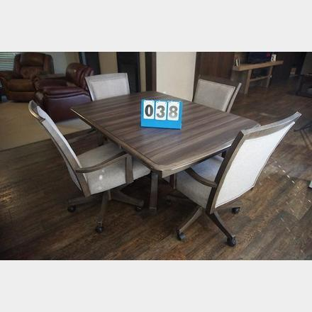 Kitchen Table With 4 Rolling Chairs Mayco Auctions