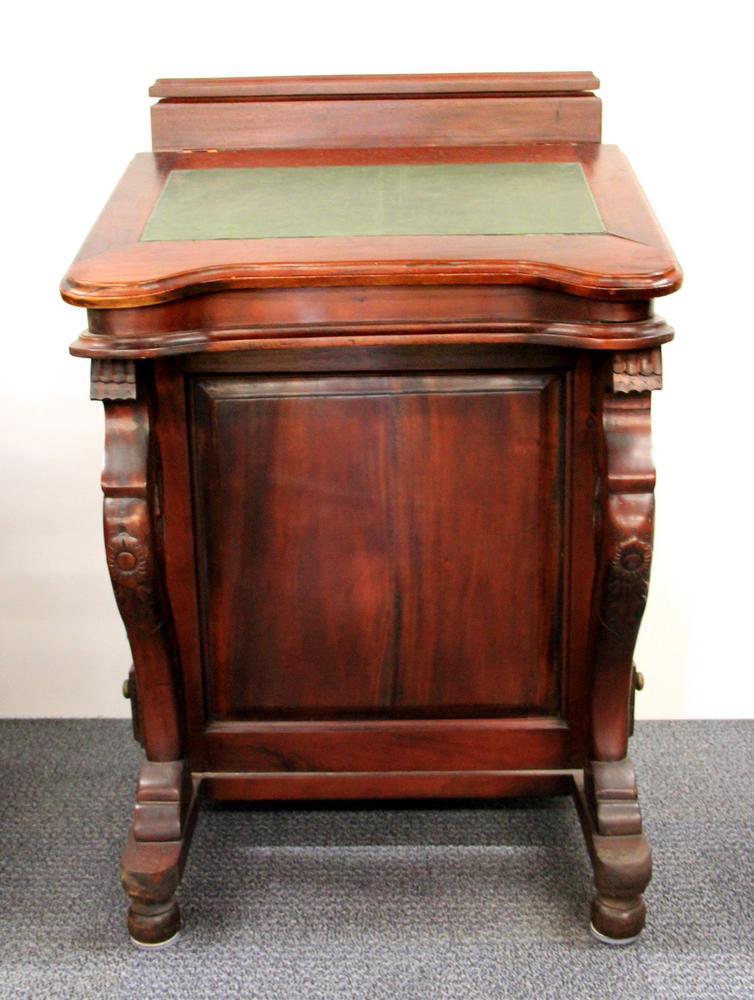 A Reproduction Mahogany Davenport Desk Lofty Marketplace