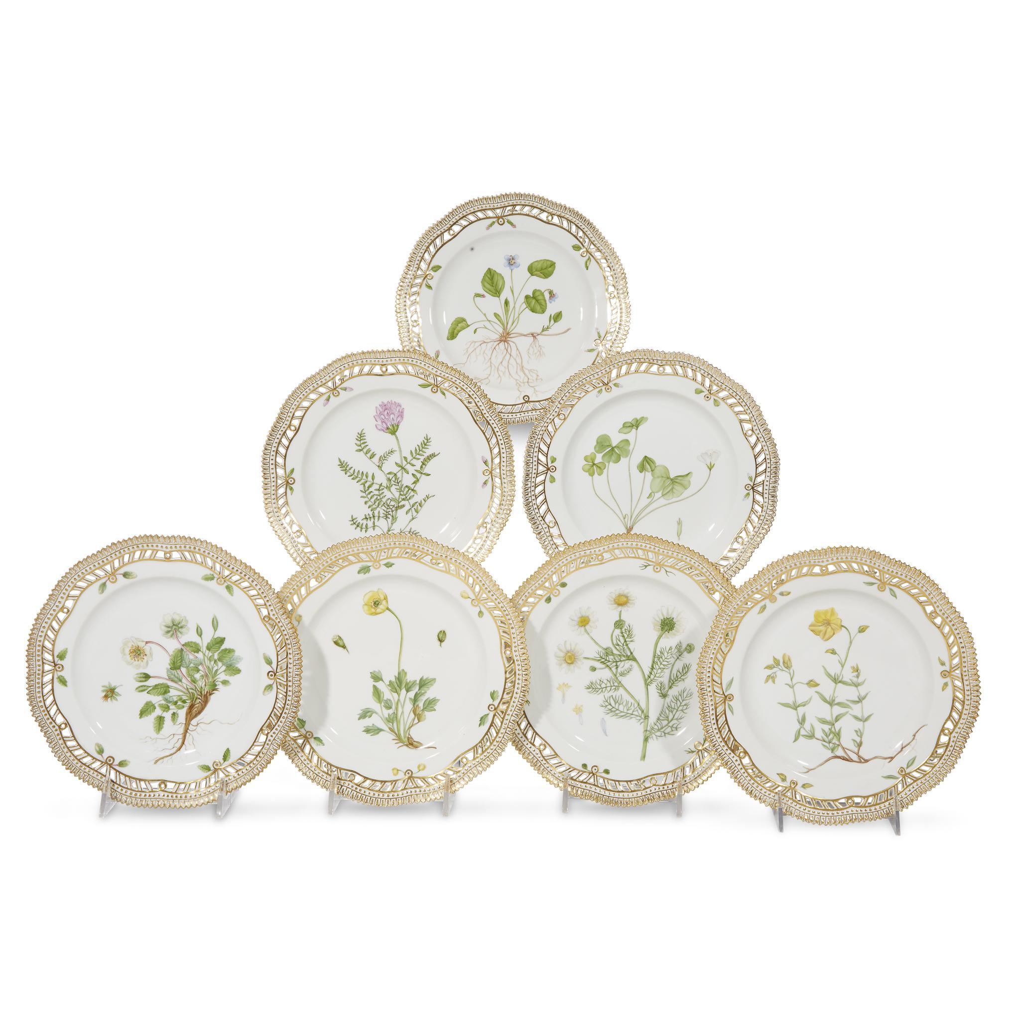 Dating royal copenhagen porcelain dinnerware