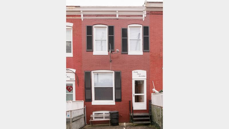 Real estate auction 2317 washington boulevard baltimore for Background images in div