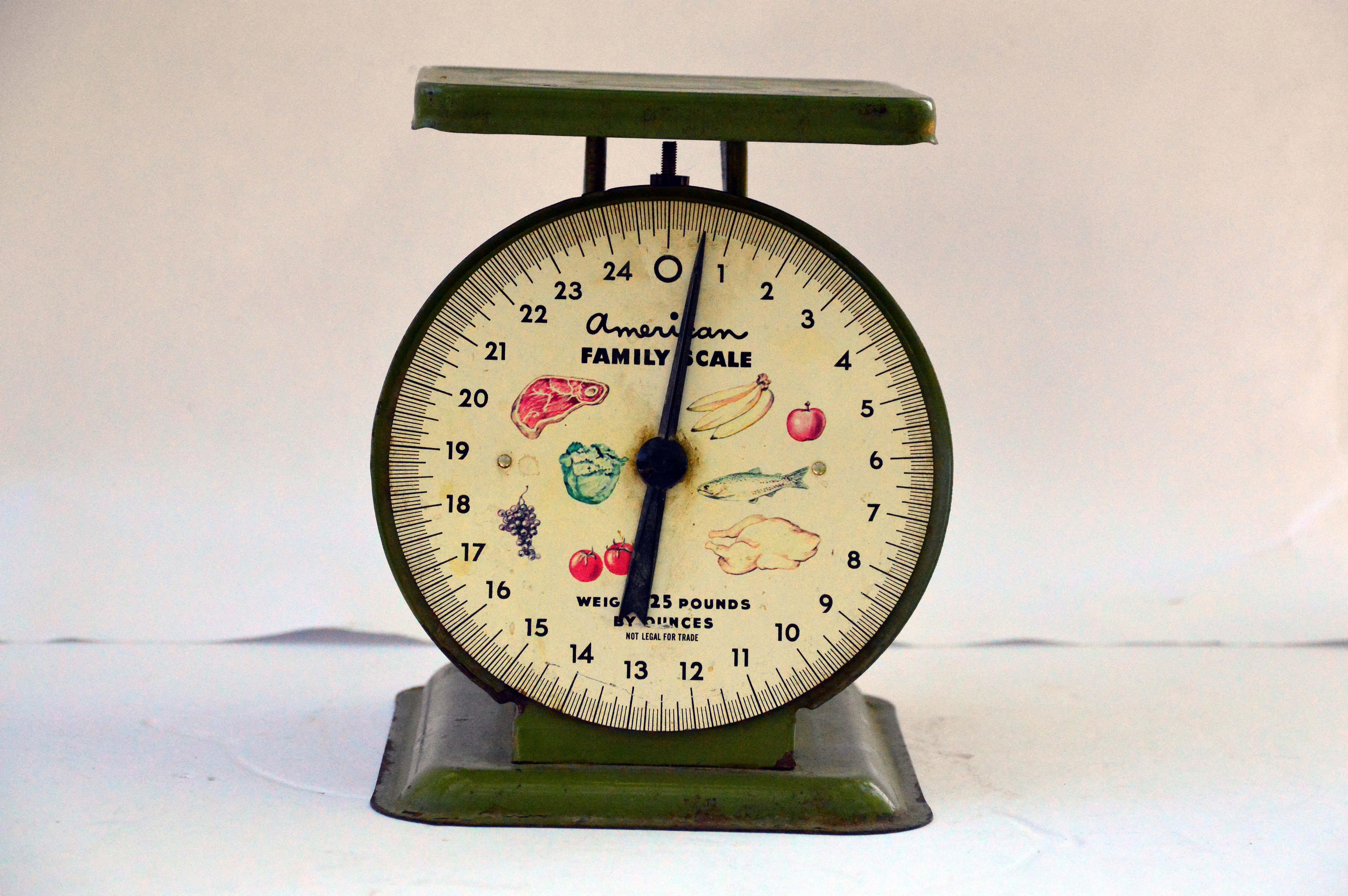 Vintage American Family Scale Kings Auction Appraisal