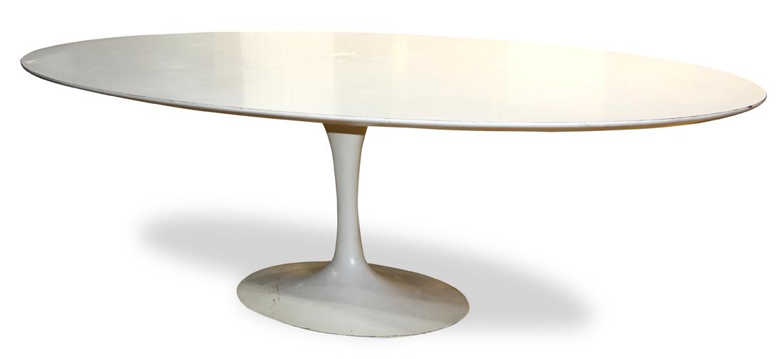 Eero Saarinen for Knoll International Tulip dining table