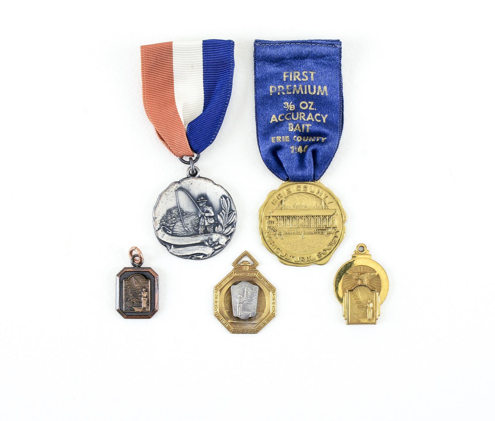 5 Vintage Tournament Casting Award Medals | Lang's Auction Inc