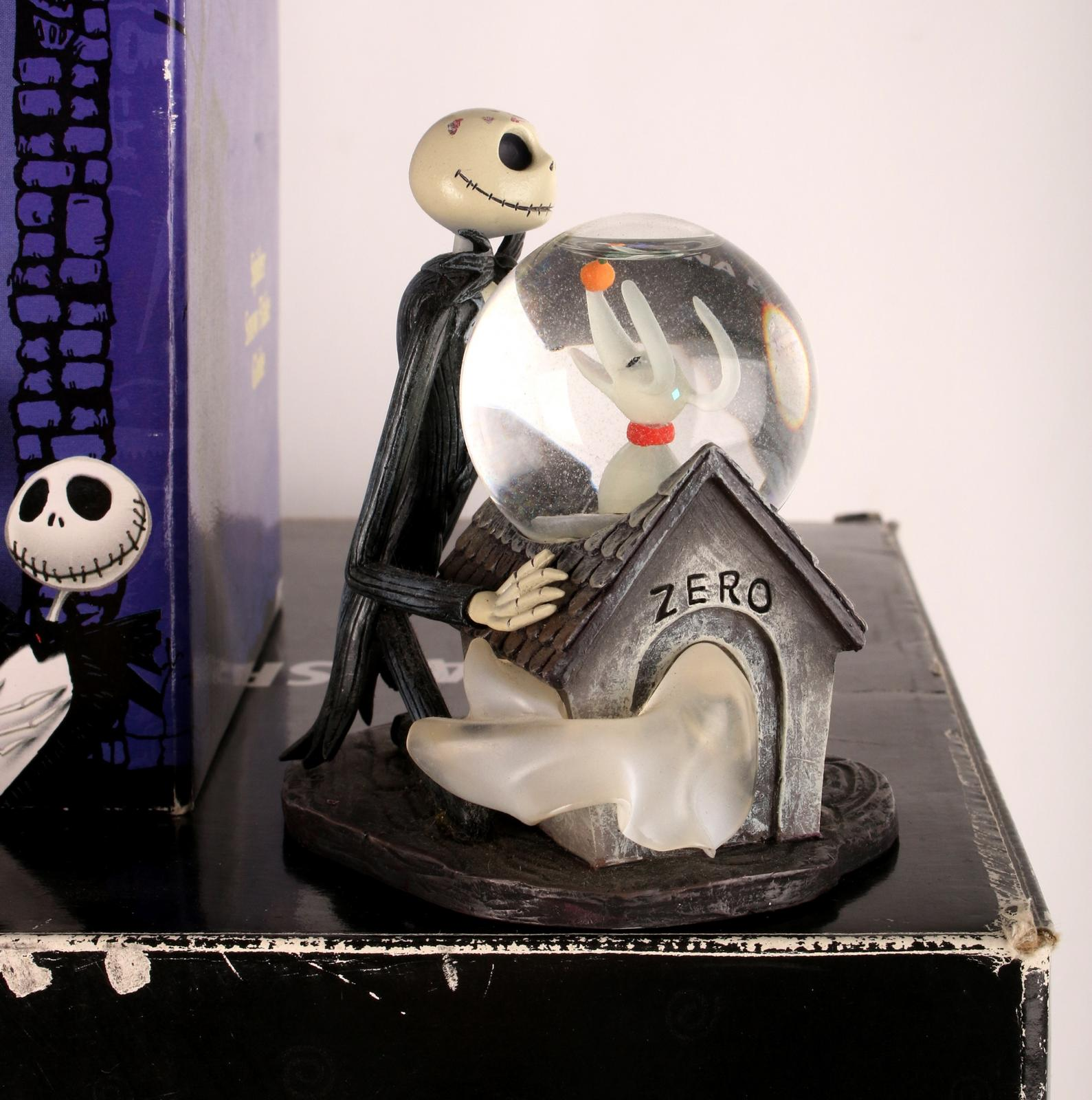 FIVE NIGHTMARE BEFORE CHRISTMAS SNOW GLOBES | Converse