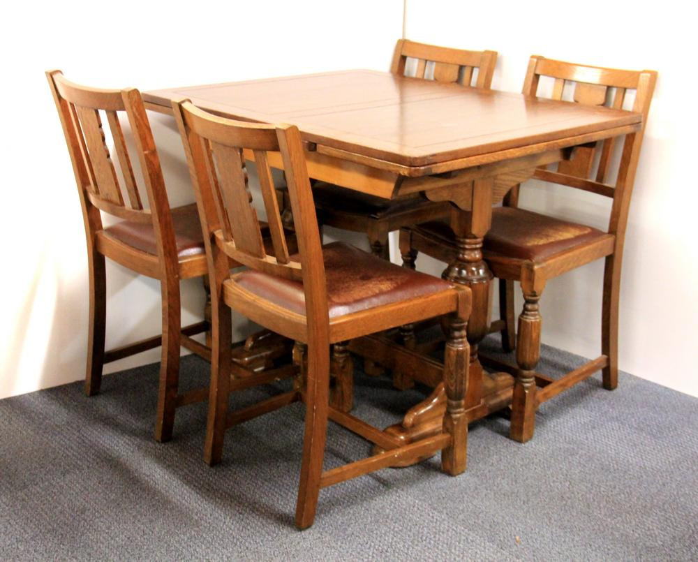 Marvelous A 1930S Oak Draw Leaf Table And Four Chairs Machost Co Dining Chair Design Ideas Machostcouk