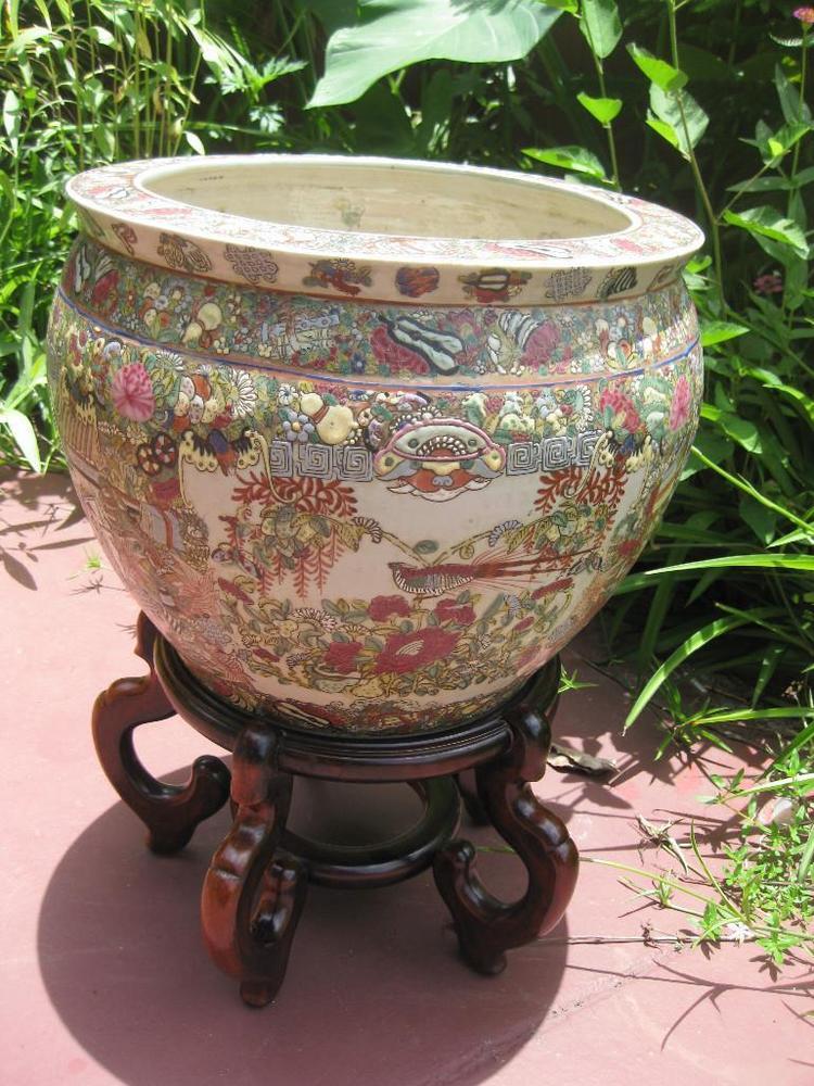 Chinese Porcelain Fish Bowl Qianlong Emperor 1711 1799
