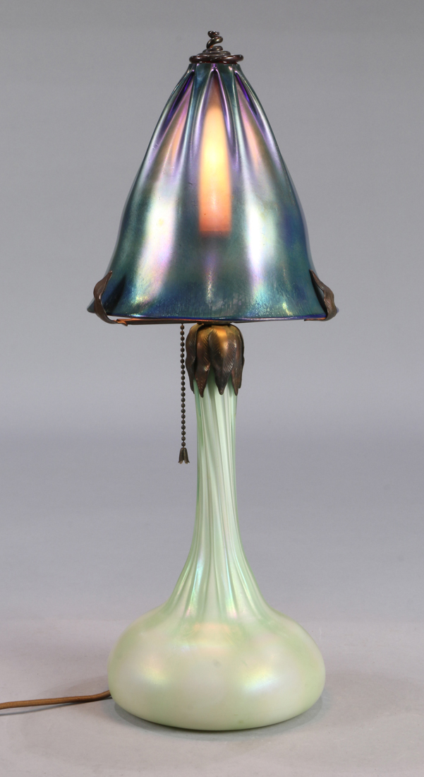 Tiffany style favrile glass table lamp