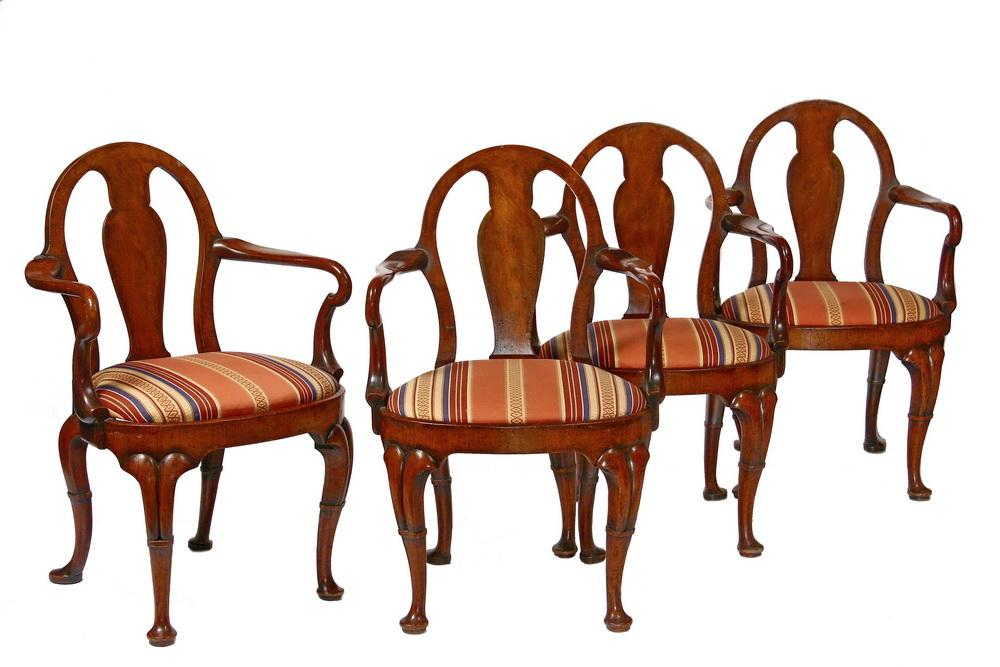 4 QUEEN ANNE ARMCHAIRS Queen Anne Armchair19