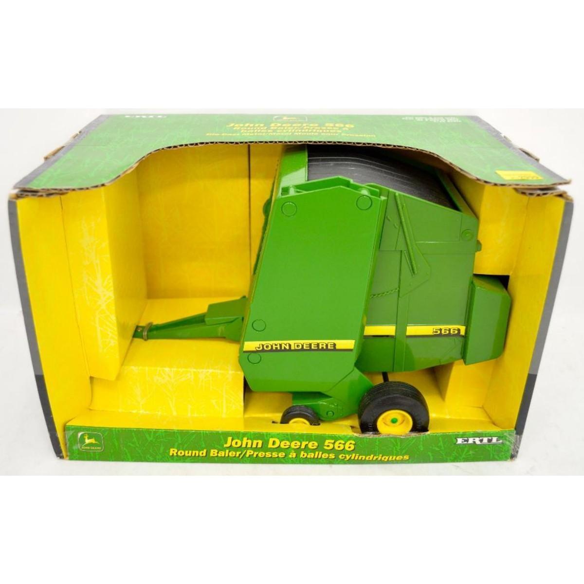 Ertl 1/16 5919 John Deere 566 round baler MIB   Toys Trains