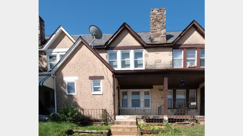 Real estate auction 5422 narcissus ave baltimore city 21215 spacious turnkey townhome in - Div class background color ...