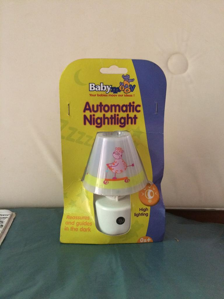 Automatic Night Light Auctionit Watch Back To Auction Jump Lot