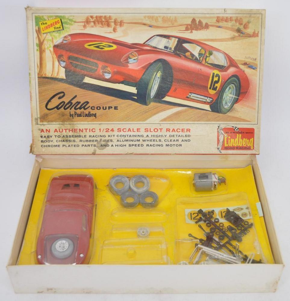 Vintage Lindberg 1/24 Cobra Coupe slot car kit in original box