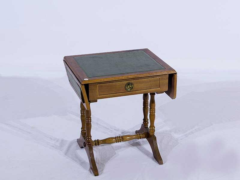Side Table Wit.A Dropside Side Table Wit