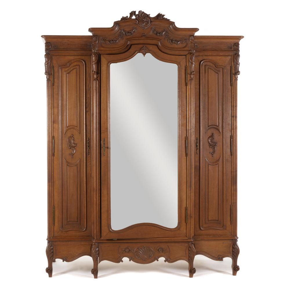 ropero. francia. siglo xx. estilo luis xv. en madera tallada de ... - Imagenes De Roperos De Madera