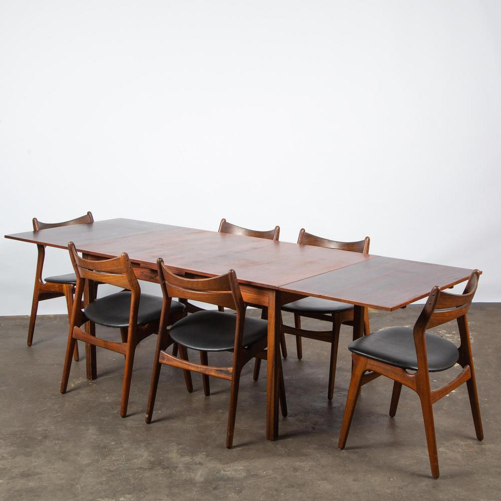 Erik Buch Danish Rosewood Table Six Model 310 Chairs